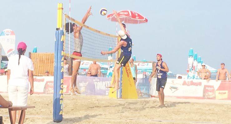 dandana-beach-volleyball-strutinsky